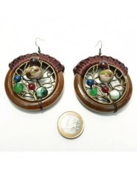 Bois vernis et perles (Boucles d'oreilles)
