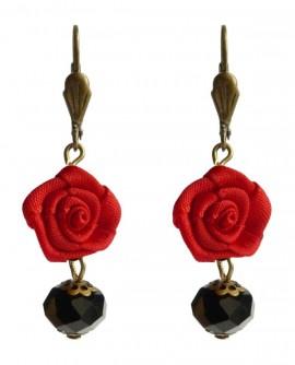 boucles d'oreilles rose rouge