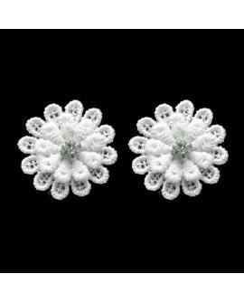 boucles d'oreilles puces fleurs blanches et strass