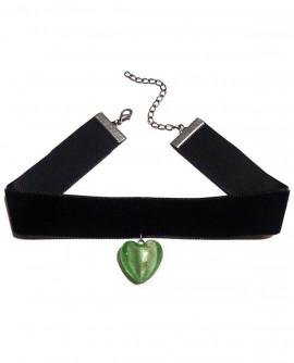 Collier ras de cou de velours noir au coeur vert