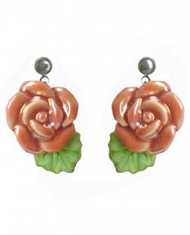 Boucles d'oreilles fleurs vieux rose en porcelaine