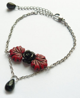 Bracelet rétro gothique à la rose noire