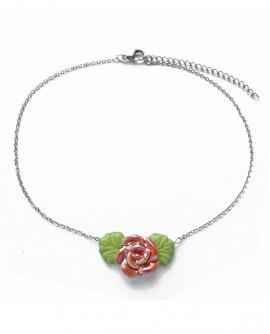 Collier chaînette ras de cou à fleur rose de style romantique