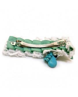 Perles, dentelle Blanche et satin Vert ( Barrette )