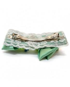 Perles et satin Vert sur dentelle blanche ( Barrette )
