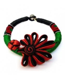 Rubans rouge et noir sur cordon vert (Bracelet)