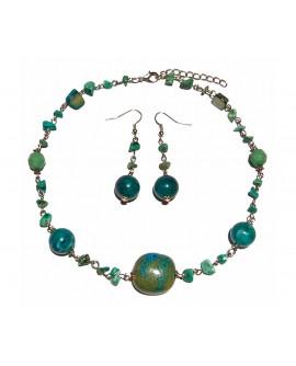 Parure ( collier + boucles d'oreilles )  résine terre cuite et pierres bleu turquoise